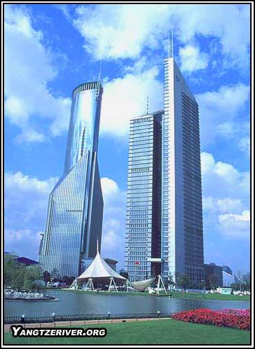 http://www.yangtzeriver.org/shanghai/pic/building.jpg
